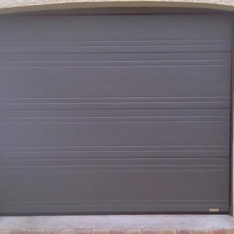 Atelier de la fermeture val d 39 oise portes et portails for Porte de garage oise